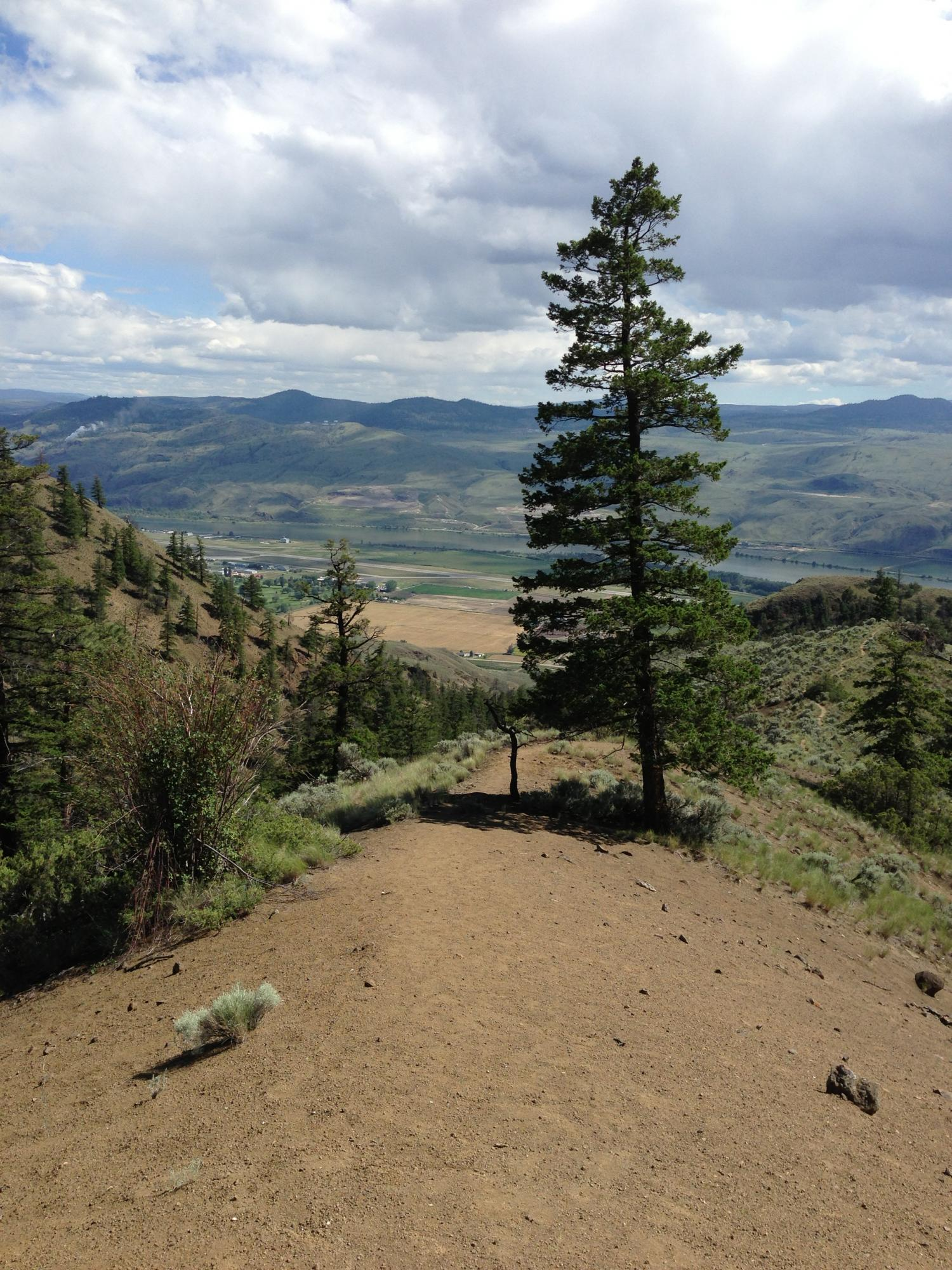 HikingAddiction ca - Trails: Cinnamon Ridge/Hoodoos