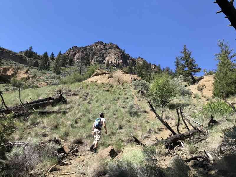 Cinnamon Ridge/Hoodoos Ridge Ascent